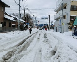 大雪 交通マヒ 交通障害